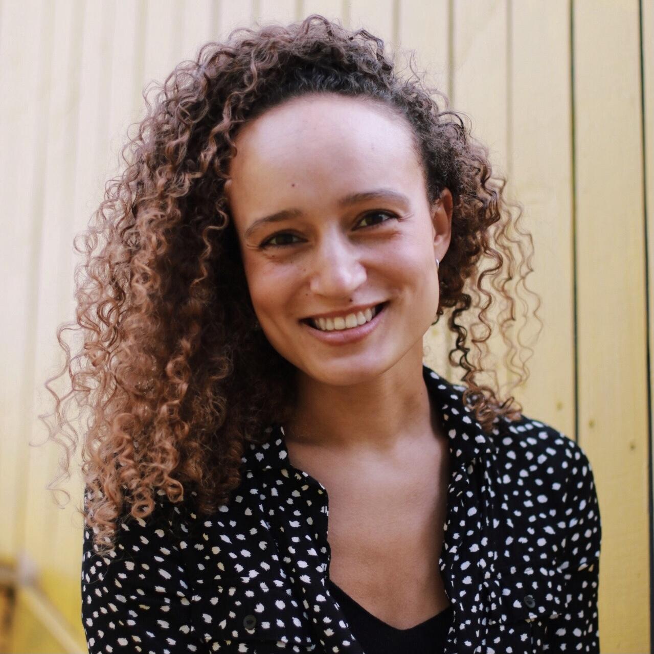Julia Lobato